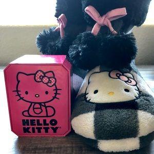 Hello Kitty Black & White Checkered Slippers
